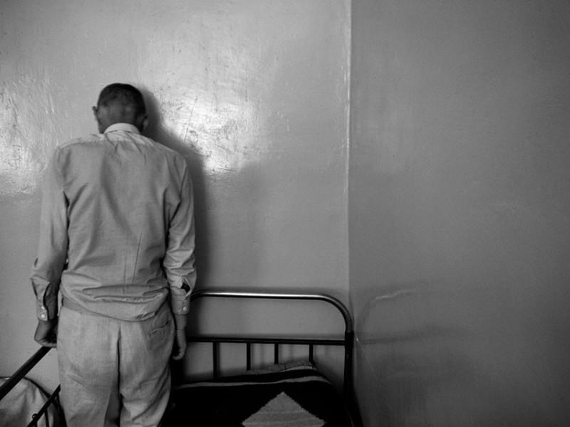 Измаильский фотограф всколыхнул мировую общественность своми работами о психиатрической больнице