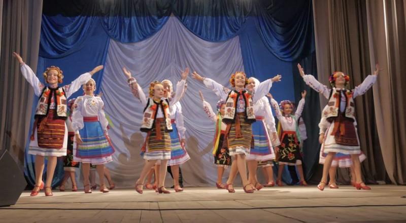kontsert-9-800x440 Измаил: портовиков и сотрудников УДП развлекали столичные артисты (фото, видео)