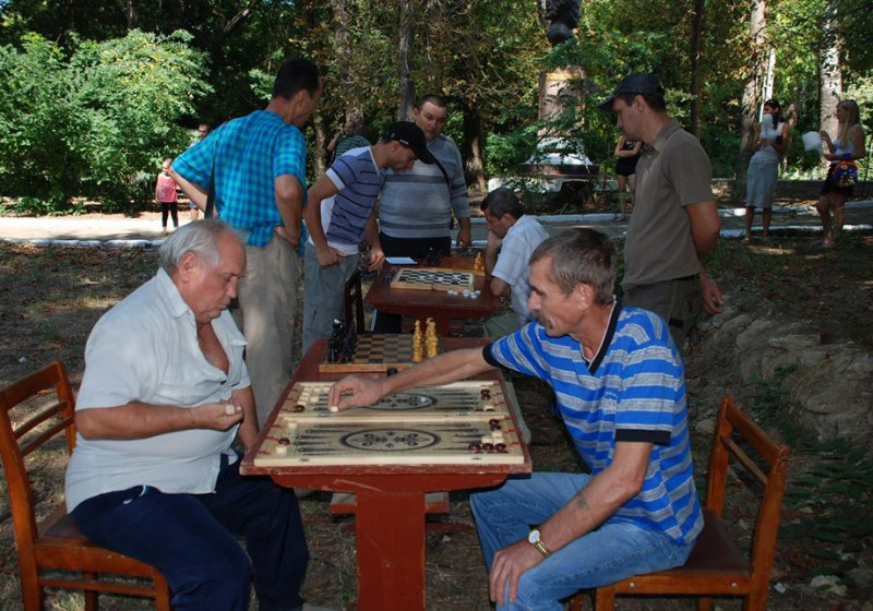 park-4-800x560 В Болградский городской парк возвращается жизнь