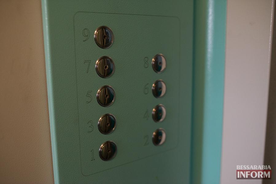 127 В Измаиле отремонтировали еще один лифт (фото)