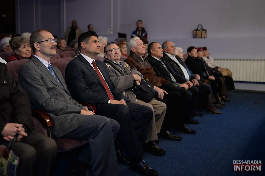 16-900x600 Международный день пожилых людей отметили в Измаиле праздничным концертом (фото)