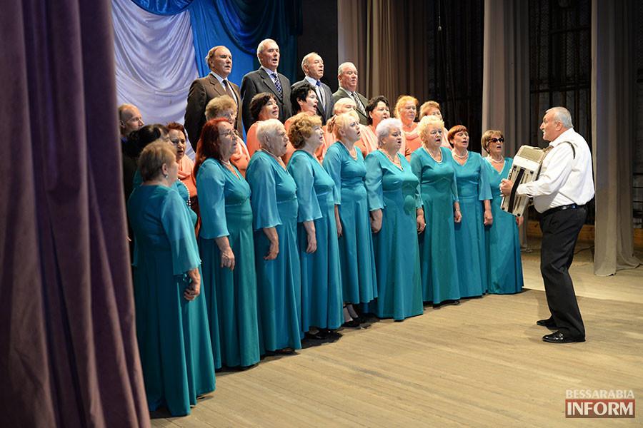 17-900x600 Международный день пожилых людей отметили в Измаиле праздничным концертом (фото)