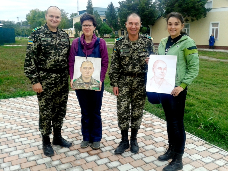 20151016_103416 Измаильский пограничный отряд посетили известные художники (фото)