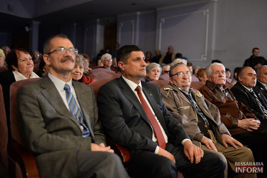 21-900x600 Международный день пожилых людей отметили в Измаиле праздничным концертом (фото)