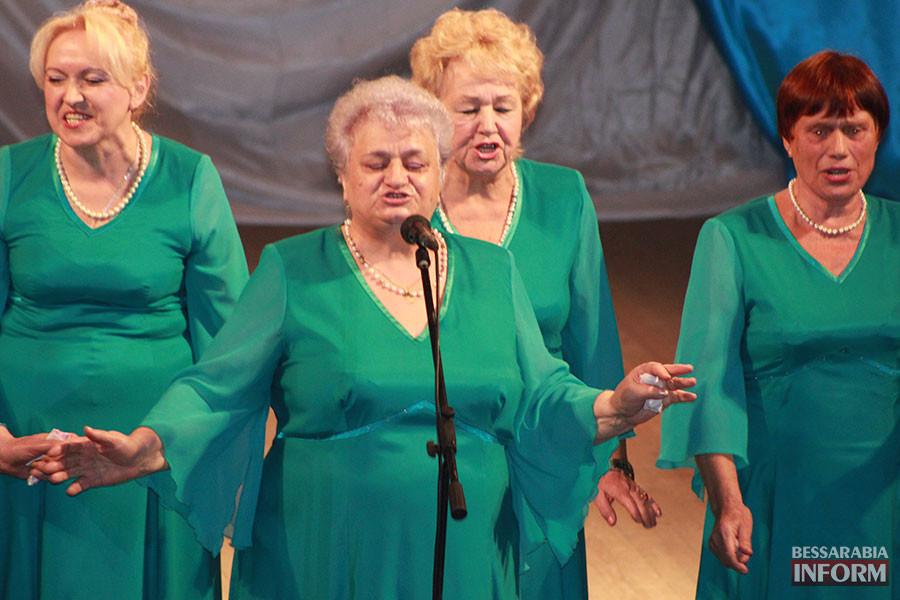 5-900x600 Международный день пожилых людей отметили в Измаиле праздничным концертом (фото)