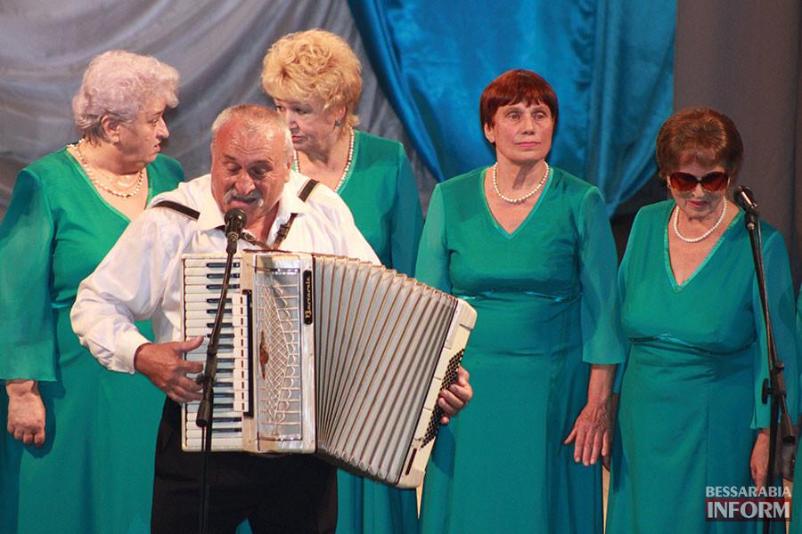 6-900x600 Международный день пожилых людей отметили в Измаиле праздничным концертом (фото)