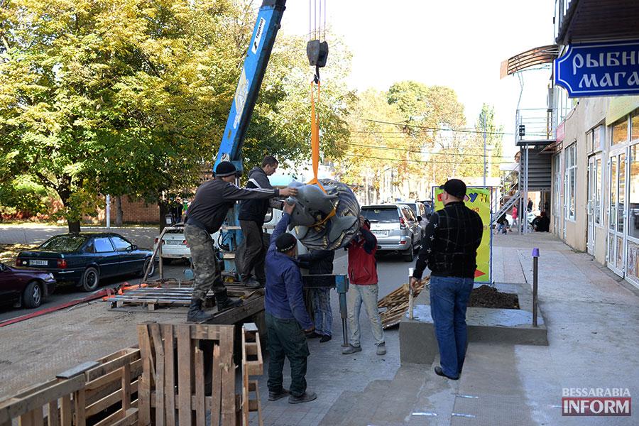 78 В Измаиле появилась статуя дельфина (ФОТО)