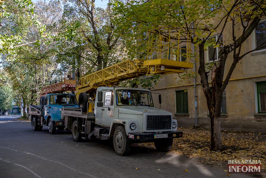 89 В Измаиле продолжается реконструкция линий электропередач (фото)