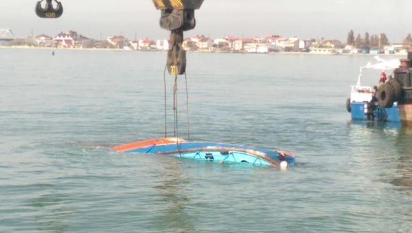 CRq96gMWUAA6GGo Подробности крушения катера в Затоке - обнаружены еще двое погибших