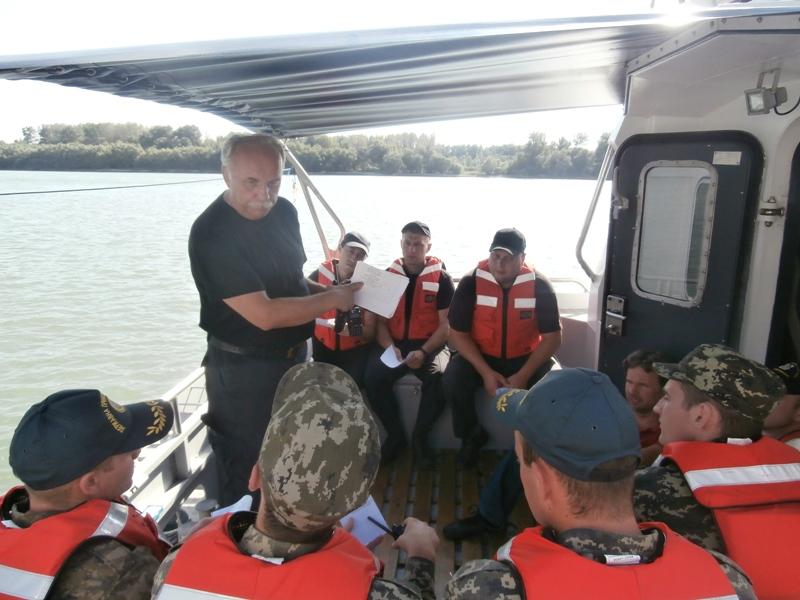 Foto-223 Измаильские моряки-пограничники получили сертификаты международного класса (фото)