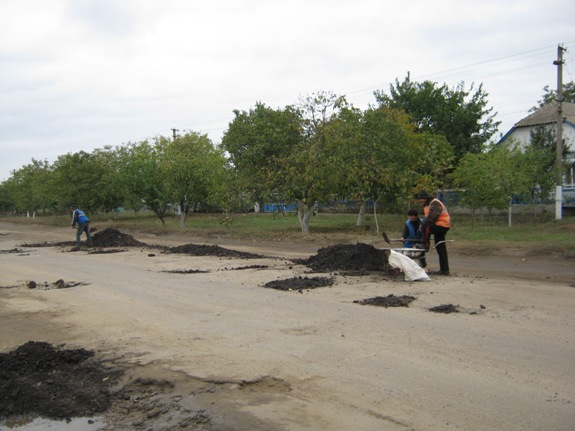 IMG_4480 Особенности ремонта дорог в Арцизе (фото)