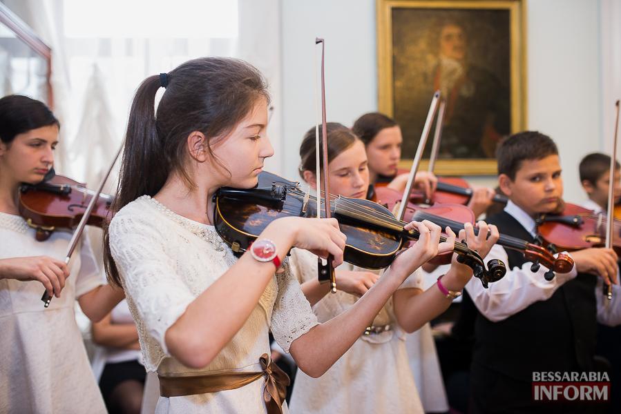 SME_1907 Музыка и поэтическое искусство родного Измаила в музее А.В. Суворова (фото)