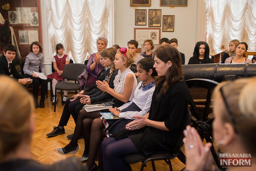 SME_1927 Музыка и поэтическое искусство родного Измаила в музее А.В. Суворова (фото)