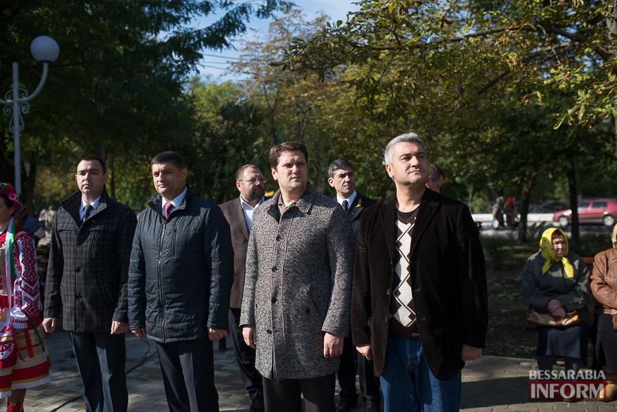 SME_5090 В Измаиле прошло открытие центрального фонтана (фото)