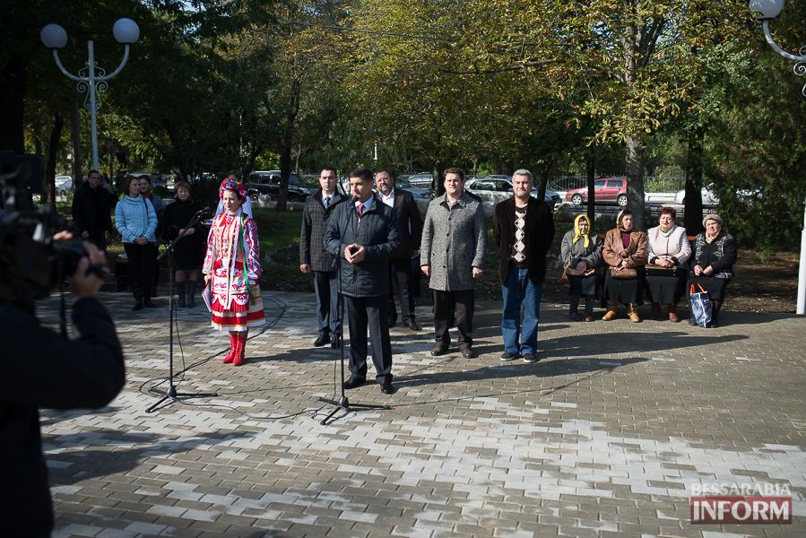 SME_5098 В Измаиле прошло открытие центрального фонтана (фото)