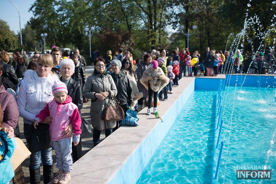 SME_5101 В Измаиле прошло открытие центрального фонтана (фото)
