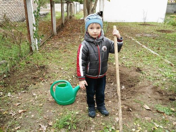 ix9aBE084U0 В Измаиле малышей приучали к труду и любви к природе