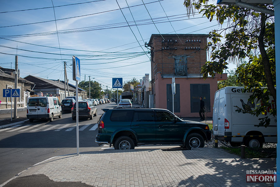 Mitsubishi Pajero в рубрике «Я паркуюсь как……..»
