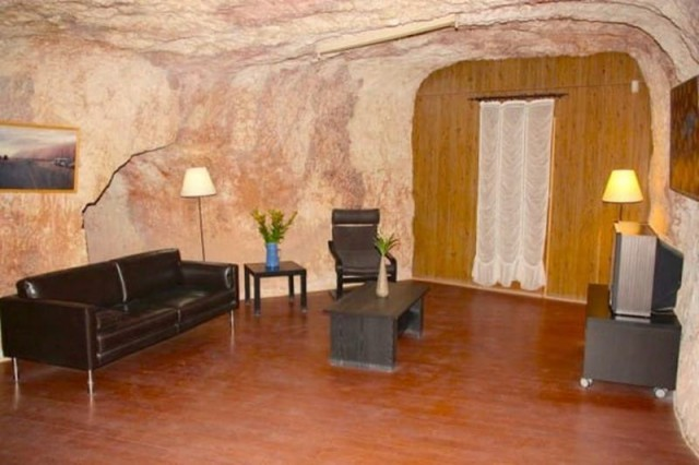 11 Уникальный подземный город Кубер Педи (фото)
