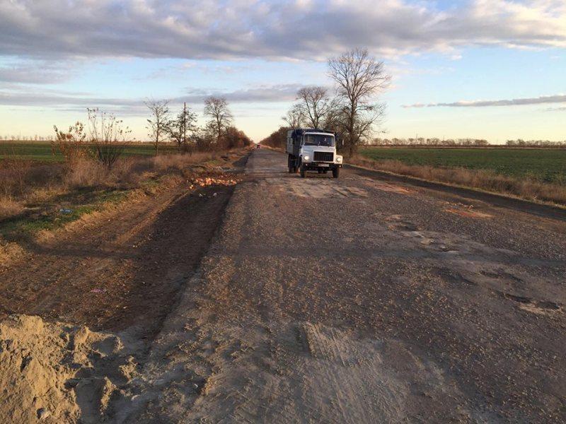 Предприниматели Килийского р-на за свой счет ремонтируют дороги