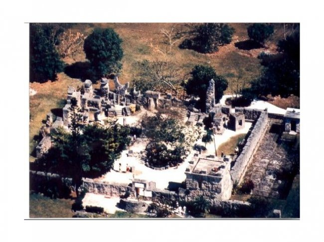 185 Один в поле (храмы, построенные собственноручно) - (26 фото)