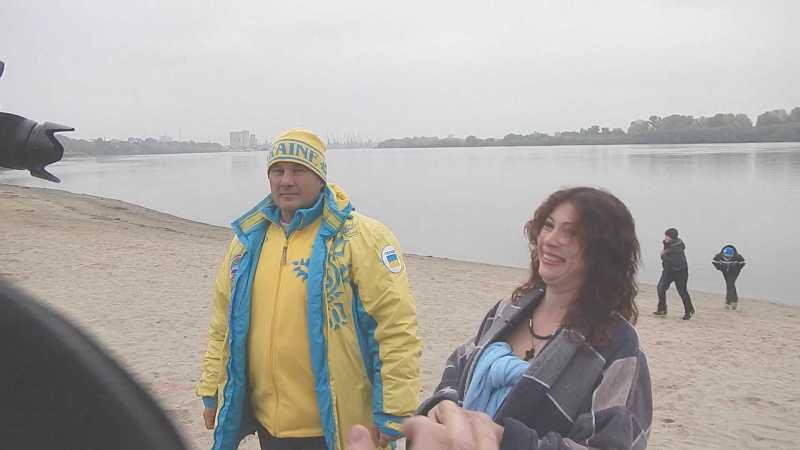27 Моржи Придунавья открыли сезон зимнего плавания (фото)