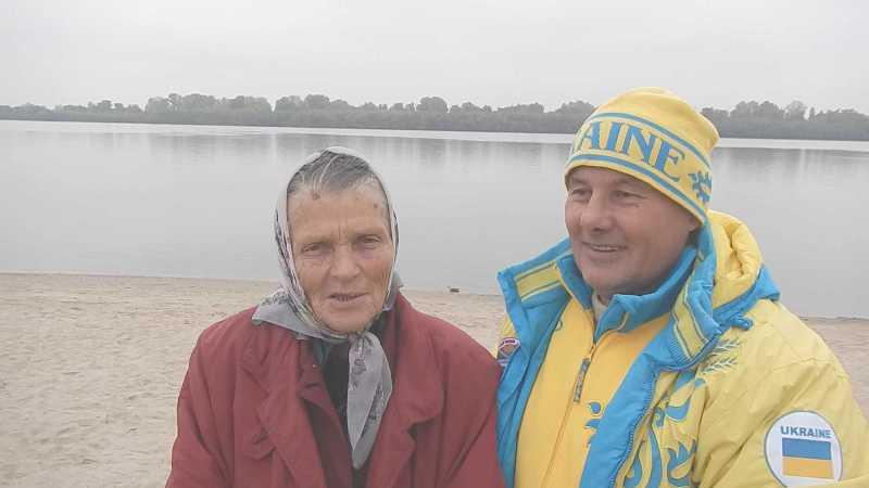 30 Моржи Придунавья открыли сезон зимнего плавания (фото)