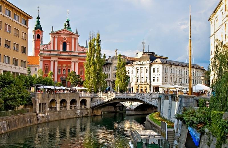 35851 ТОП-5 стран, в которые украинцам проще всего оформить визы