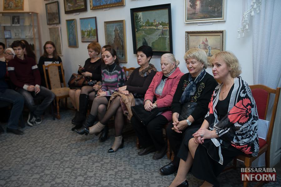 37 Измаильский поэт Леонид Андреев презентовал новую книгу