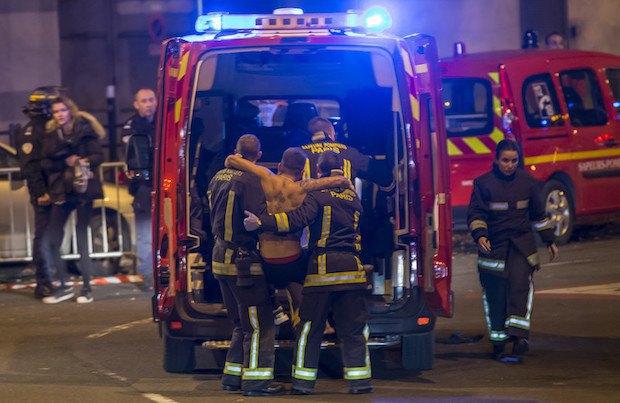 56466d98502ba В результате терактов в Париже погибло более 150 человек