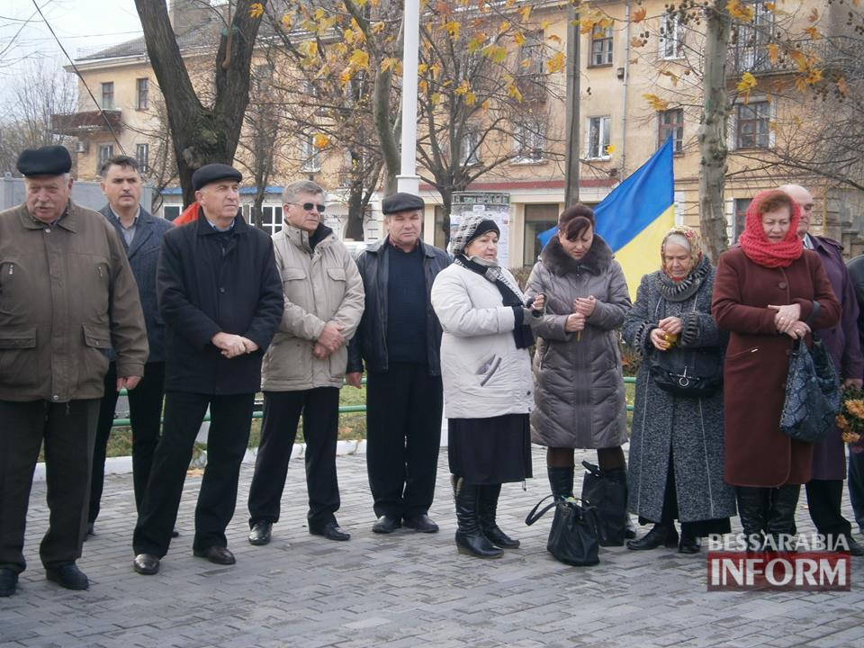 565c099db8740_RSW81WjbhIs Измаил: рана Майдана еще болит...(фото)