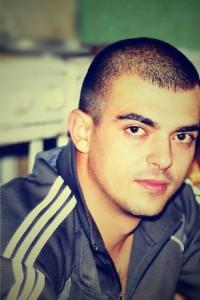 7z5lgveykDQ-200x300 В Ильичевском порту погиб студент из Бессарабии