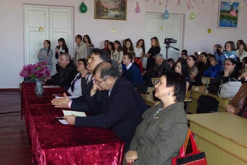 DSC08421 Первокурсники педфакультета ИГГУ представили свои таланты