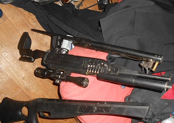 PM157image004 Измаильские полицейские изъяли целый арсенал оружия (ФОТО)