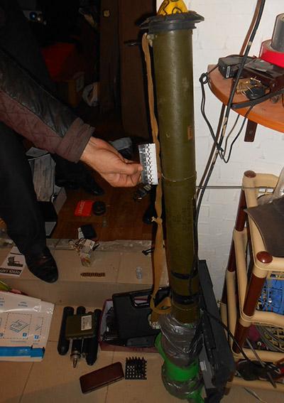 PM177image002 Измаильские полицейские изъяли целый арсенал оружия (ФОТО)