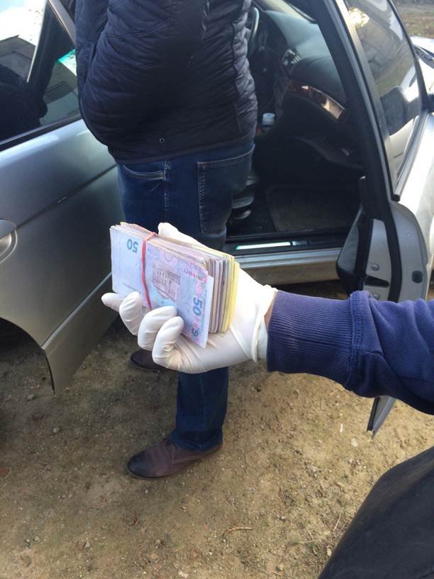 В Белгород-Днестровском задержали коррупционера из управления рыбоохраны
