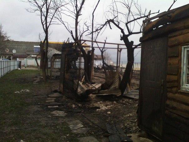 Прошлой ночью в Затоке снова горела база отдыха (фото)