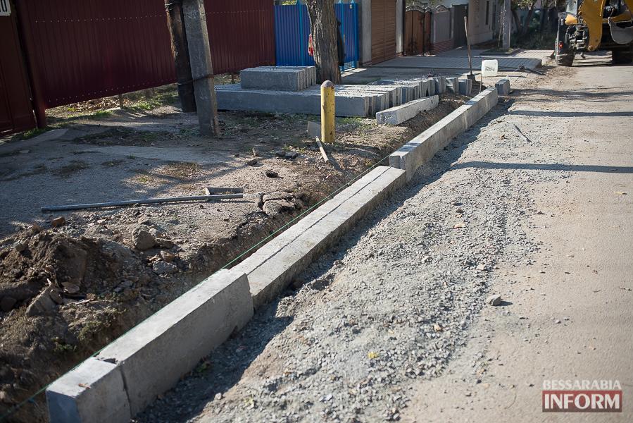 Измаил: ремонт улицы Дзержинского продолжается (фото)