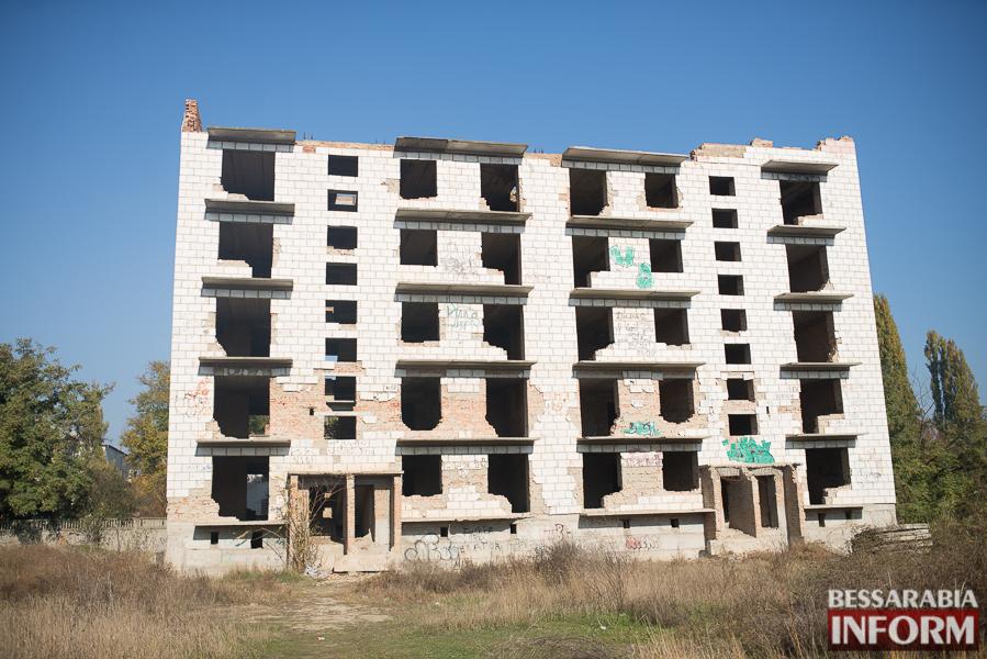 """SME_2679 Ужасы нашего городка: в Измаиле стремительно растет количество """"умирающих"""" зданий (фото)"""