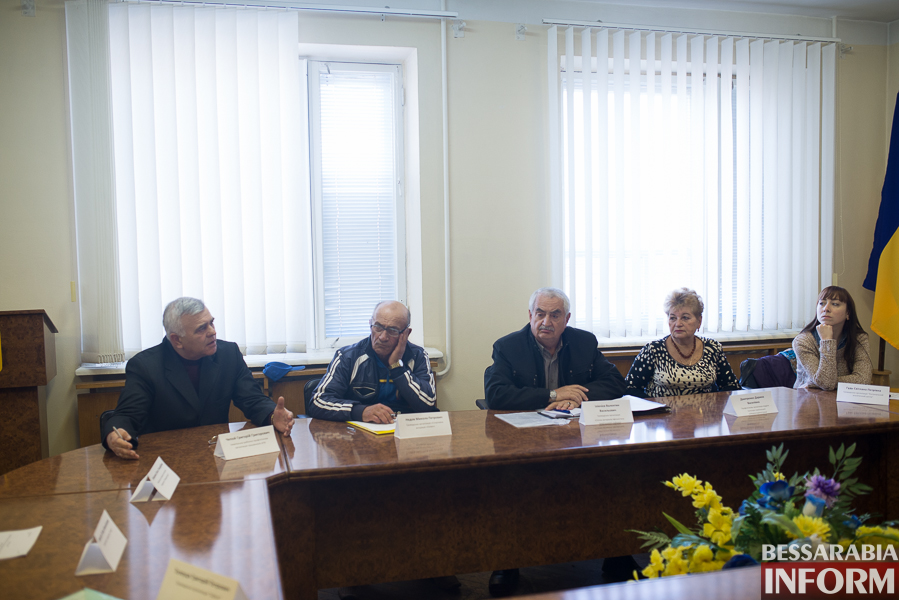 SME_2778 Измаил: заседание Общественного совета - в спорах рождается истина