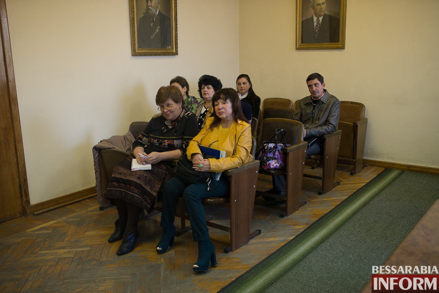 SME_2799 Измаил: заседание Общественного совета - в спорах рождается истина