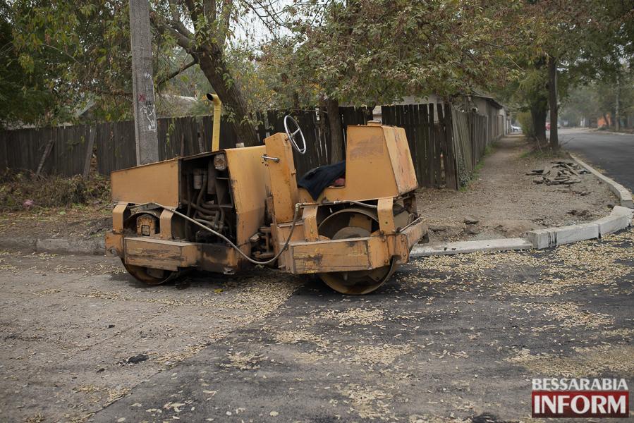 SME_3049 В Измаиле начался ремонт одной из худших дорог города (ФОТО)