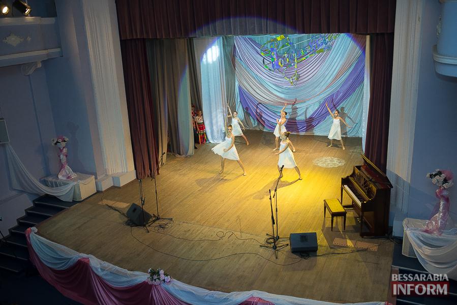 SME_3230 В Измаиле отметили свой праздник служители искусства