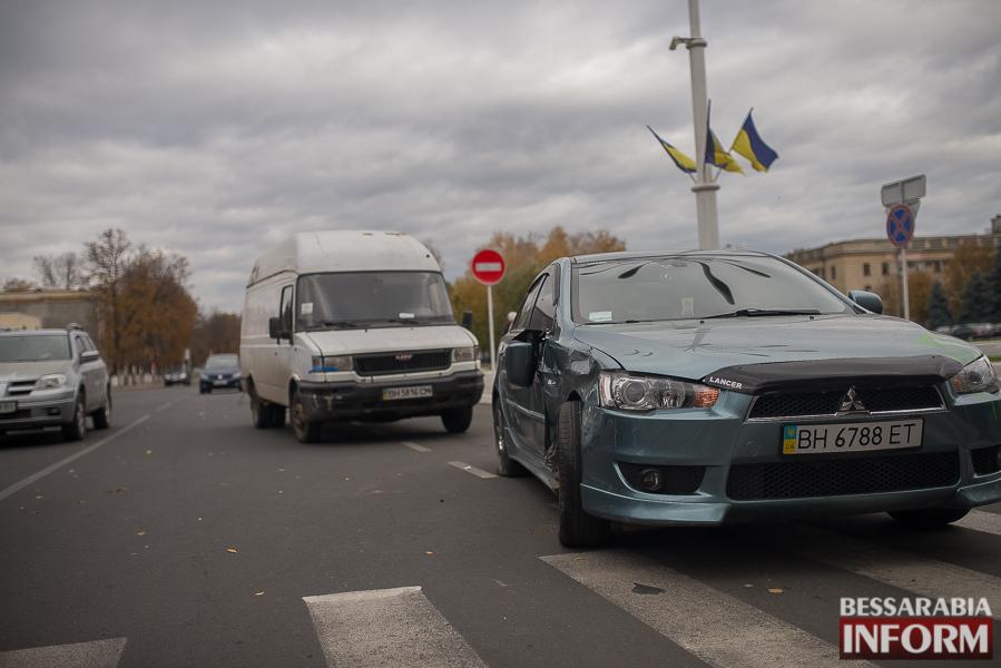 SME_4194 Измаил: утреннее ДТП на проспекте Суворова (фото)