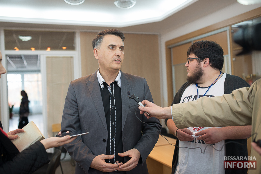 SME_6501 Европа становится ближе - в Измаиле проходит сессия молодежного Европарламента