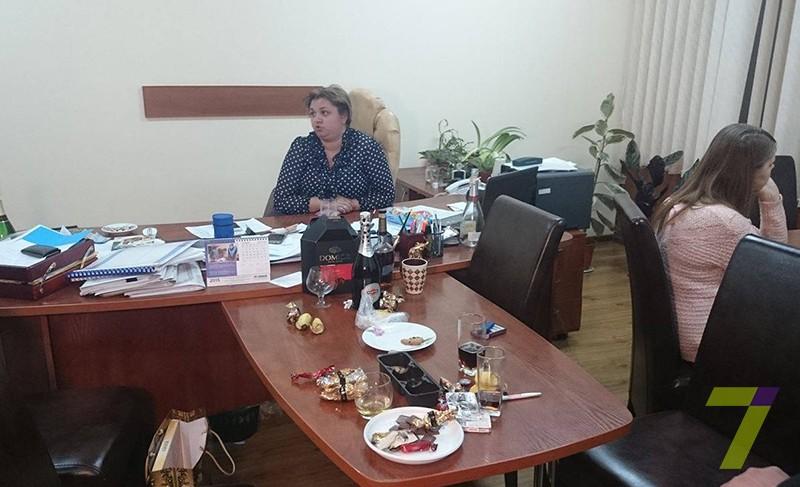 45-800x487 Чиновница Одесской ОГА хотела заработать на строительсте поликлиники в Рени 1,5 млн. гривен