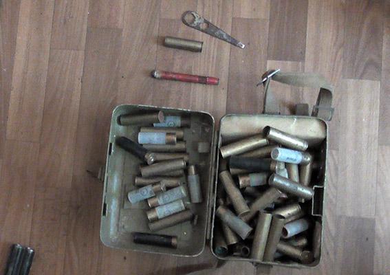 PM869image005 В Аккермане бывший егерь хранил дома найденный в лесу арсенал оружия