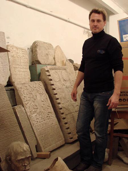 Plity_1 В Белгороде-Днестровском презентуют копии закладных плит Аккерманской крепости