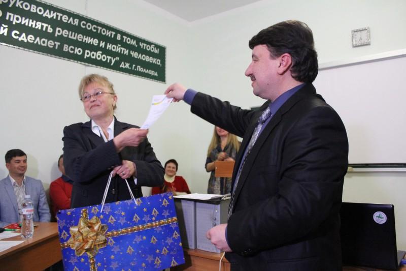 Pobeditel-konkursa-Tatyana-ZHivora-e1450688612401 Измаил: выпускники «Универа 50+» представили свои творческие проекты