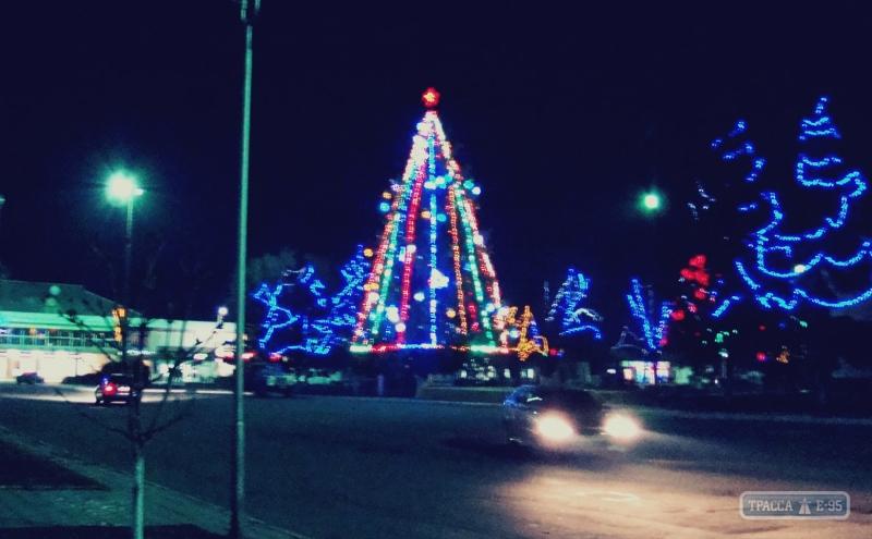 Reni Выбираем лучшую новогоднюю елку Бессарабии (голосование от БИ)